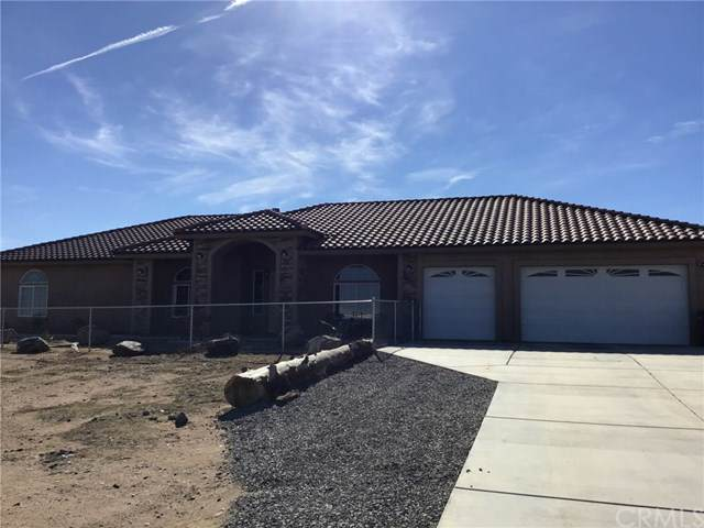 7323 Smoke Tree Road, Phelan, CA 92371 (#TR20017472) :: Sperry Residential Group