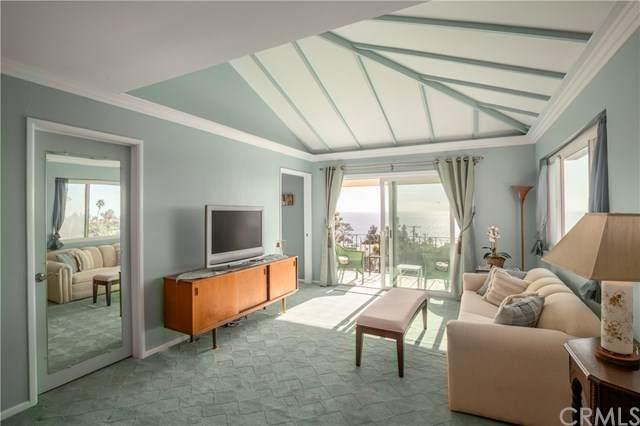 21711 Wesley C, Laguna Beach, CA 92651 (#OC20029467) :: Doherty Real Estate Group