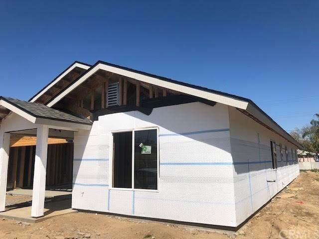 35 E San Joaquin Street, Fresno, CA 93706 (#MD20053443) :: RE/MAX Parkside Real Estate