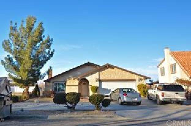 14770 Hartford Lane, Helendale, CA 92342 (#WS20062093) :: Cal American Realty