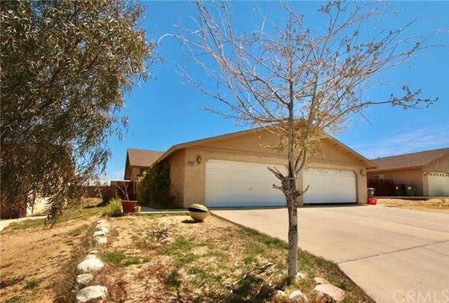 7215 Murray Lane, Yucca Valley, CA 92284 (#JT20065172) :: Go Gabby