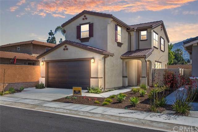 12425 Tesoro Court, Grand Terrace, CA 92313 (#EV20066083) :: The Miller Group
