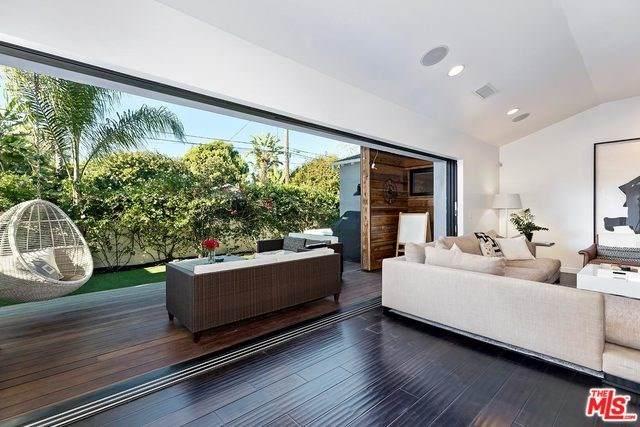 1121 Indiana Avenue, Venice, CA 90291 (#20568648) :: Berkshire Hathaway HomeServices California Properties