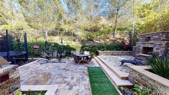 60 Clouds, Irvine, CA 92603 (#OC20074443) :: Doherty Real Estate Group