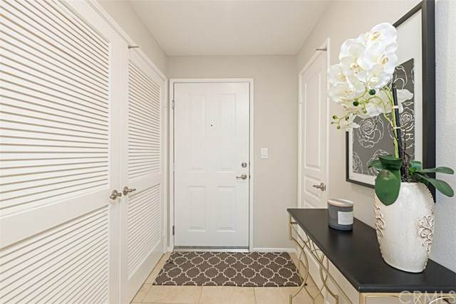 3222 Watermarke Place, Irvine, CA 92612 (#OC20076720) :: Doherty Real Estate Group