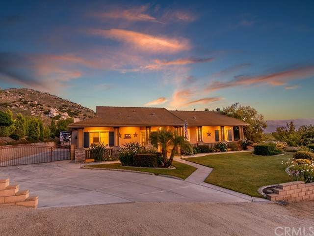 548 Draft Horse Place, Norco, CA 92860 (#IV20095063) :: Realty ONE Group Empire