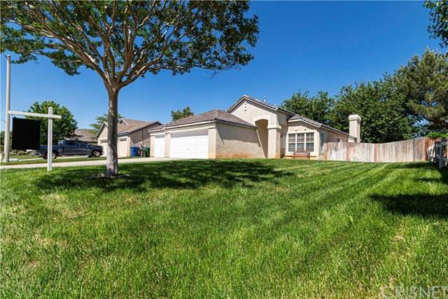 42434 Blossom Drive, Quartz Hill, CA 93536 (#SR20101402) :: The Houston Team | Compass