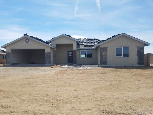 18005 Mondamon Road, Apple Valley, CA 92307 (#EV20103964) :: The Costantino Group | Cal American Homes and Realty