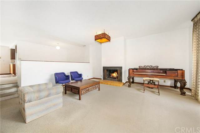 2630 11th Street #6, Santa Monica, CA 90405 (#MB20102540) :: Berkshire Hathaway HomeServices California Properties