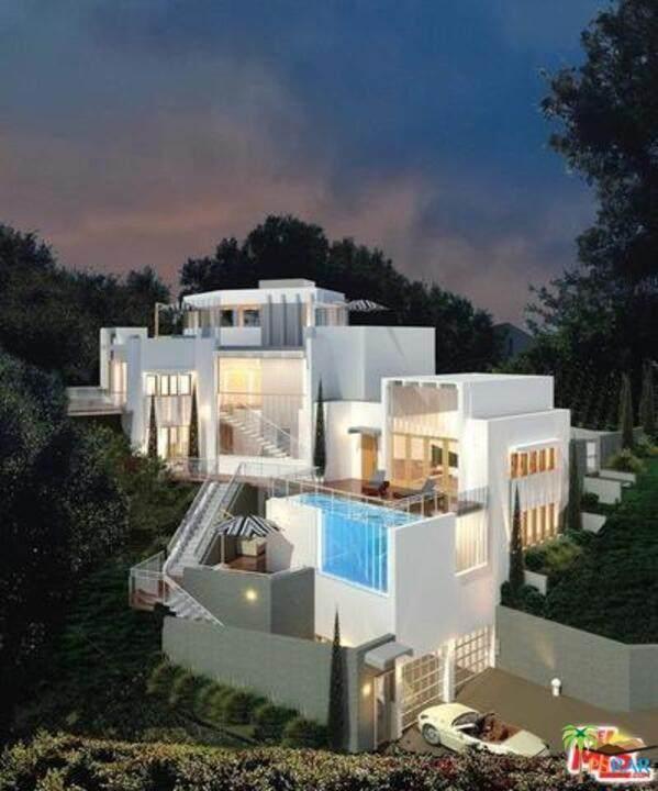 10532 Isasdora Lane, Bel Air, CA 90077 (#20585538) :: Powerhouse Real Estate