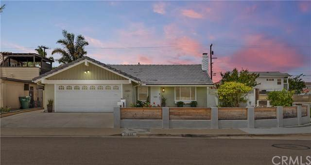 21651 Hilaria Circle, Huntington Beach, CA 92646 (#PW20105923) :: Z Team OC Real Estate