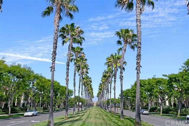 18 City Stroll, Irvine, CA 92620 (#OC20111138) :: Sperry Residential Group