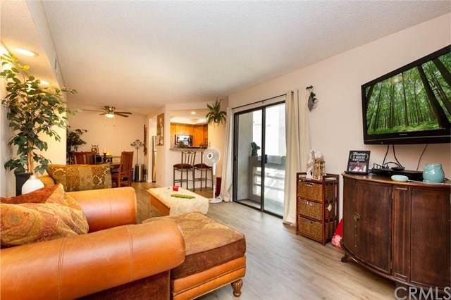 12560 Montecito Road #2, Seal Beach, CA 90740 (#PW20119238) :: Allison James Estates and Homes
