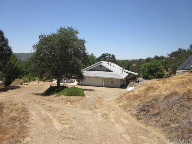28700 Box Canyon Road, North Fork, CA 93643 (#FR20120619) :: Twiss Realty