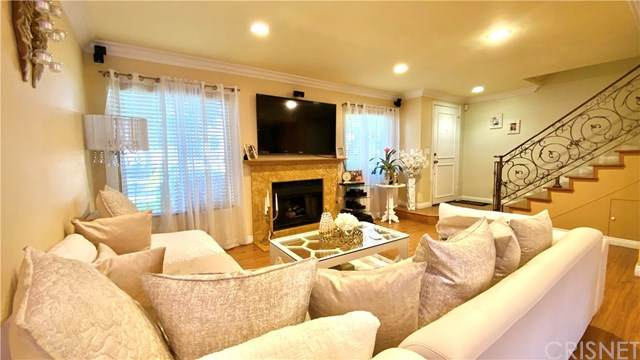 9250 Sunland Boulevard #2, Sun Valley, CA 91352 (#SR20125445) :: Sperry Residential Group