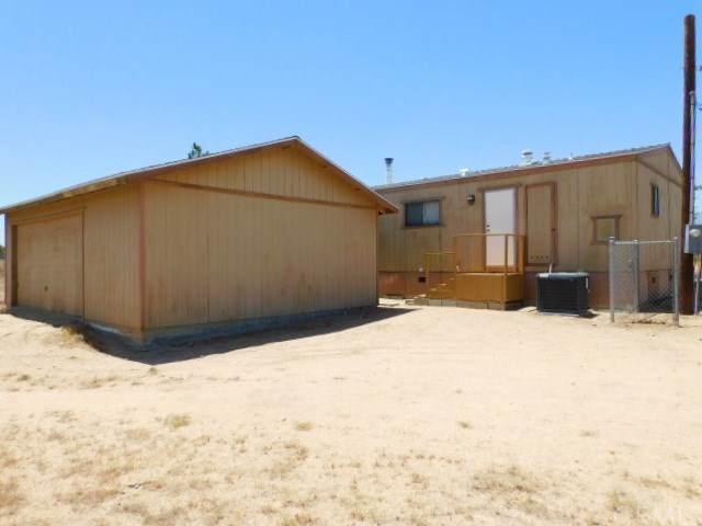 6975 Smoke Tree Road, Phelan, CA 92371 (#CV20126853) :: Rogers Realty Group/Berkshire Hathaway HomeServices California Properties