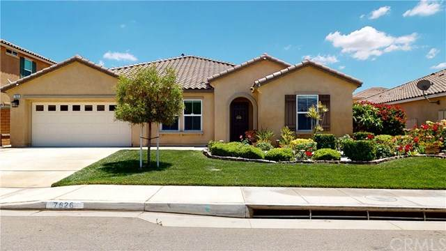 7626 Prairie Drive, Riverside, CA 92507 (#OC20129835) :: The DeBonis Team