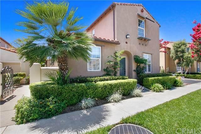 10 Alevera Street, Irvine, CA 92618 (#OC20144618) :: Sperry Residential Group