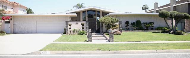 4332 Parkview Drive, Lakewood, CA 90712 (#PW20149748) :: Go Gabby