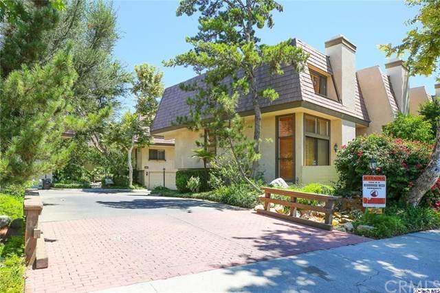 9000 Vanalden Avenue #104, Northridge, CA 91324 (#320002406) :: Sperry Residential Group