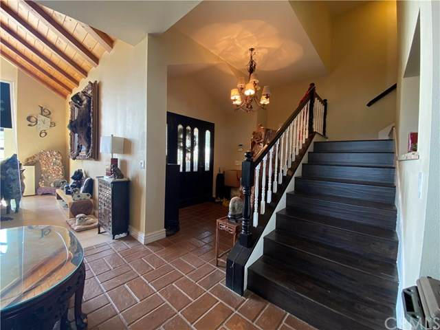 16482 Multiview Drive, Perris, CA 92570 (#WS20170765) :: Compass
