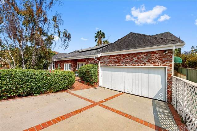 18171 Rosita Street, Tarzana, CA 91356 (#SR20194730) :: Go Gabby