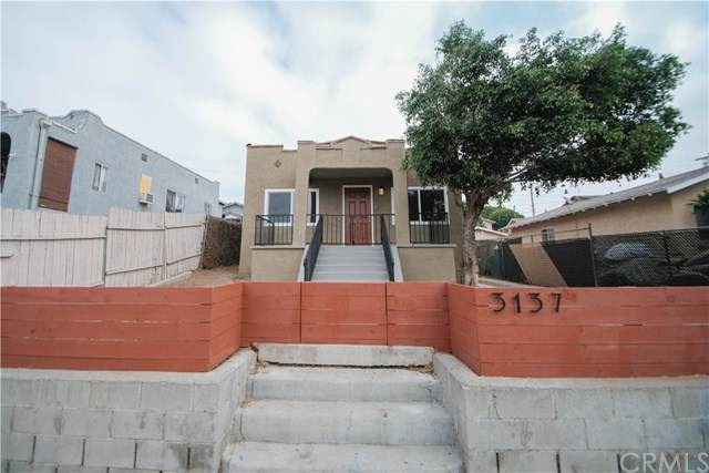 3137 Fairmount Street, Los Angeles (City), CA 90063 (#CV20200882) :: The Laffins Real Estate Team
