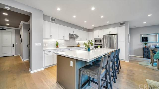 240 Buena Vida Drive #207, Brea, CA 92823 (#PW20203494) :: Team Forss Realty Group