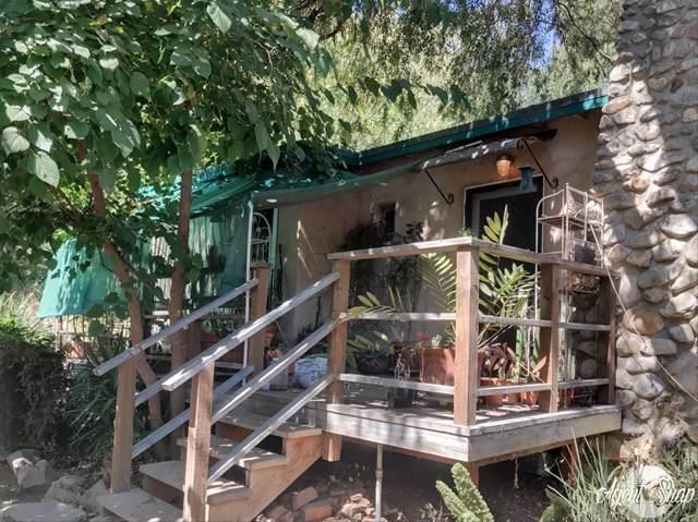 29301 Verdale Avenue, Castaic, CA 91384 (#220010079) :: Crudo & Associates
