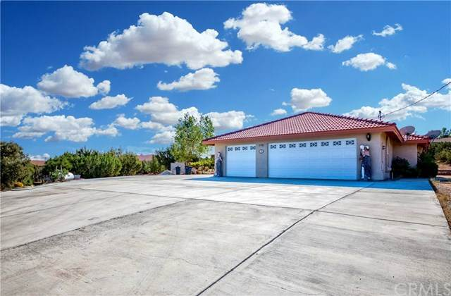 9329 Oasis Road, Pinon Hills, CA 92372 (#PW20206819) :: The Results Group