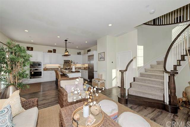 3 Lavanda Street, Rancho Mission Viejo, CA 92694 (#OC20215657) :: The Miller Group