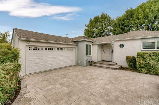 6323 Canby Avenue - Photo 1