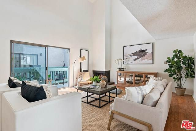 810 California Avenue #2, Santa Monica, CA 90403 (#20647854) :: Frank Kenny Real Estate Team