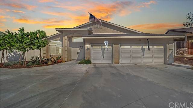 238 Loretta Way, Calimesa, CA 92320 (#TR20216378) :: A G Amaya Group Real Estate