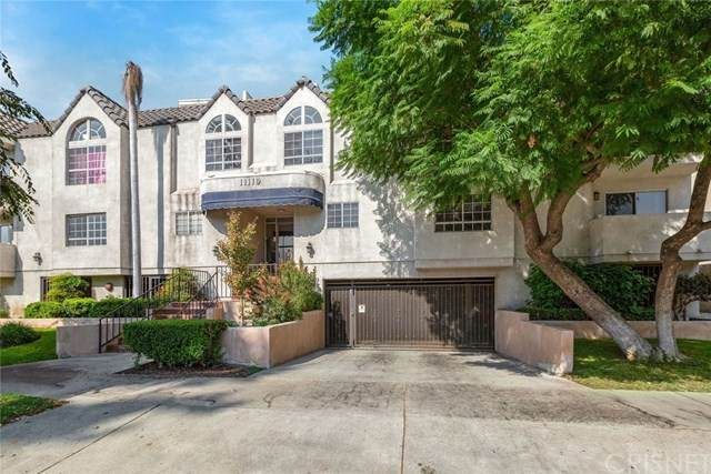 11119 Camarillo Street #105, North Hollywood, CA 91602 (#SR20221622) :: The Parsons Team
