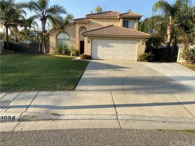 1094 Mountain Crest Drive, San Bernardino, CA 92407 (#SW20221927) :: Team Forss Realty Group