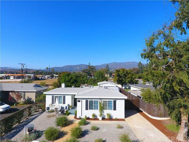 1051 Amador Street, Claremont, CA 91711 (#CV20222096) :: The Miller Group