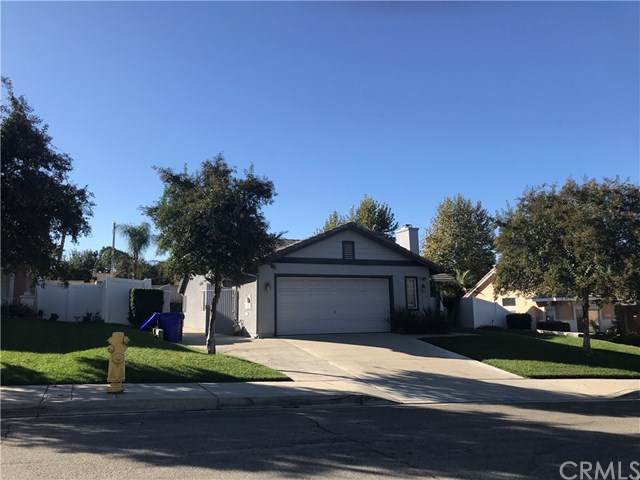33589 Brushy Hollow Drive, Yucaipa, CA 92399 (#EV20226287) :: American Real Estate List & Sell