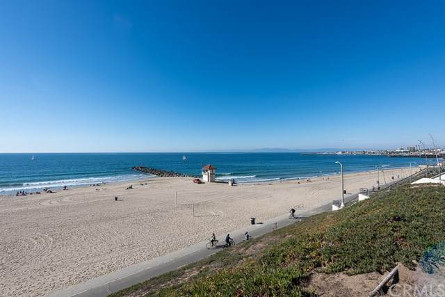 701 S Broadway #2, Redondo Beach, CA 90277 (#SB20234512) :: Bathurst Coastal Properties