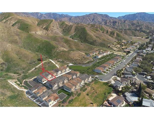 11881 W Terra Vista Way #116, Lakeview Terrace, CA 91342 (#PF20236288) :: Bathurst Coastal Properties