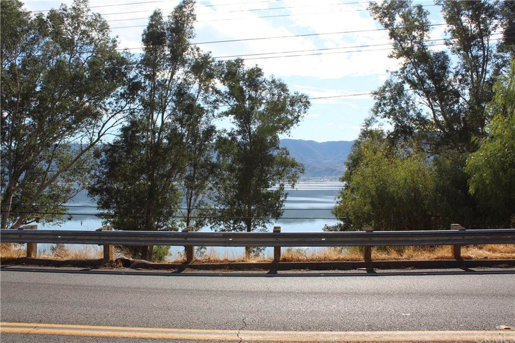 37519001 Lakeshore Dr - Photo 1