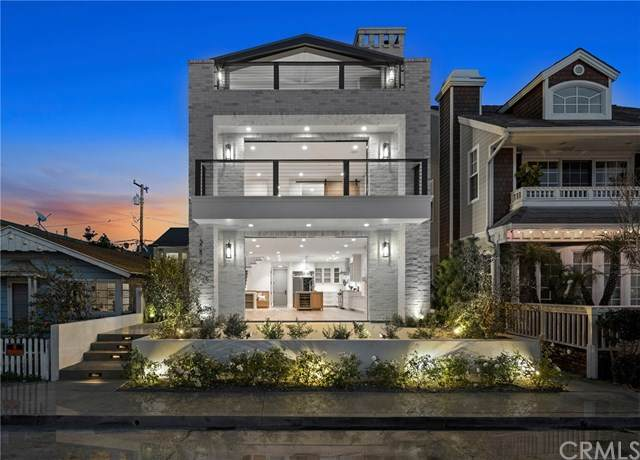 214 Garnet Avenue, Newport Beach, CA 92662 (#NP20241505) :: Mint Real Estate