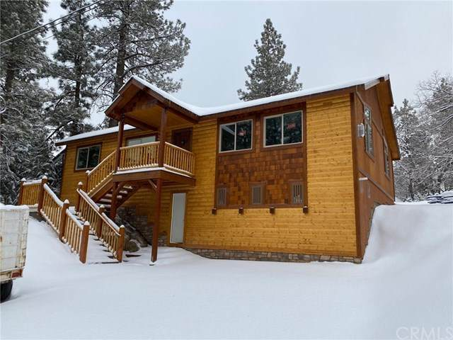 315 Northern Cross Drive, Big Bear, CA 92315 (#PW20247507) :: Compass