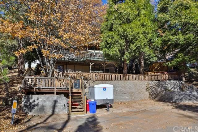 490 Zuger Court, Crestline, CA 92325 (#EV20247960) :: Steele Canyon Realty