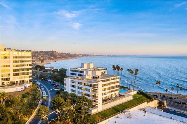 17368 Sunset Boulevard - Photo 1