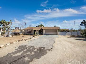 6979 Hanford Avenue, Yucca Valley, CA 92284 (#JT20257244) :: RE/MAX Masters