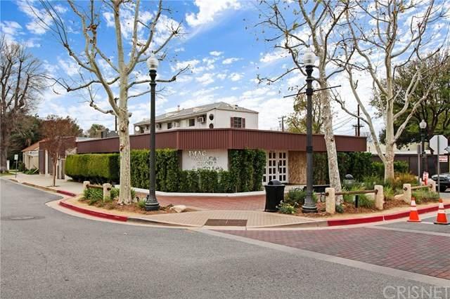 24237 Main Street, Newhall, CA 91321 (#SR20258344) :: Wahba Group Real Estate | Keller Williams Irvine