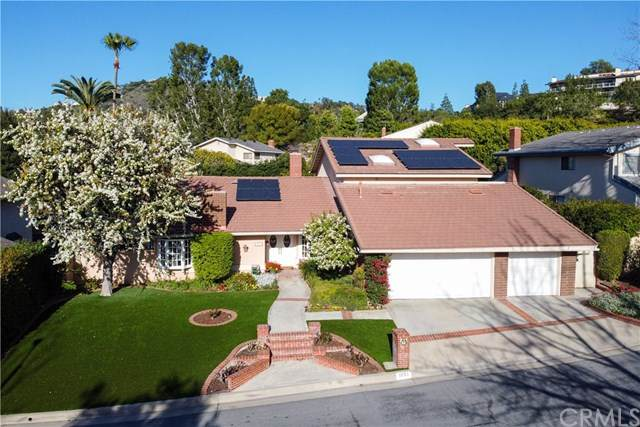 1051 Bradcliff Drive, North Tustin, CA 92705 (#PW20259125) :: Realty ONE Group Empire