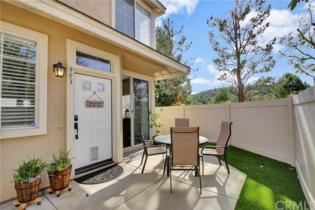 953 S Prescott Place, Anaheim Hills, CA 92808 (#OC21005803) :: Berkshire Hathaway HomeServices California Properties