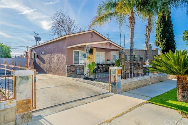 820 Orange Grove Avenue, Colton, CA 92324 (#CV21007605) :: The DeBonis Team